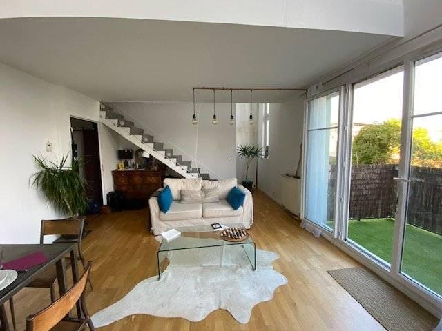 Magnifique duplex de 100 m² très lumineux. 4 chambres.
